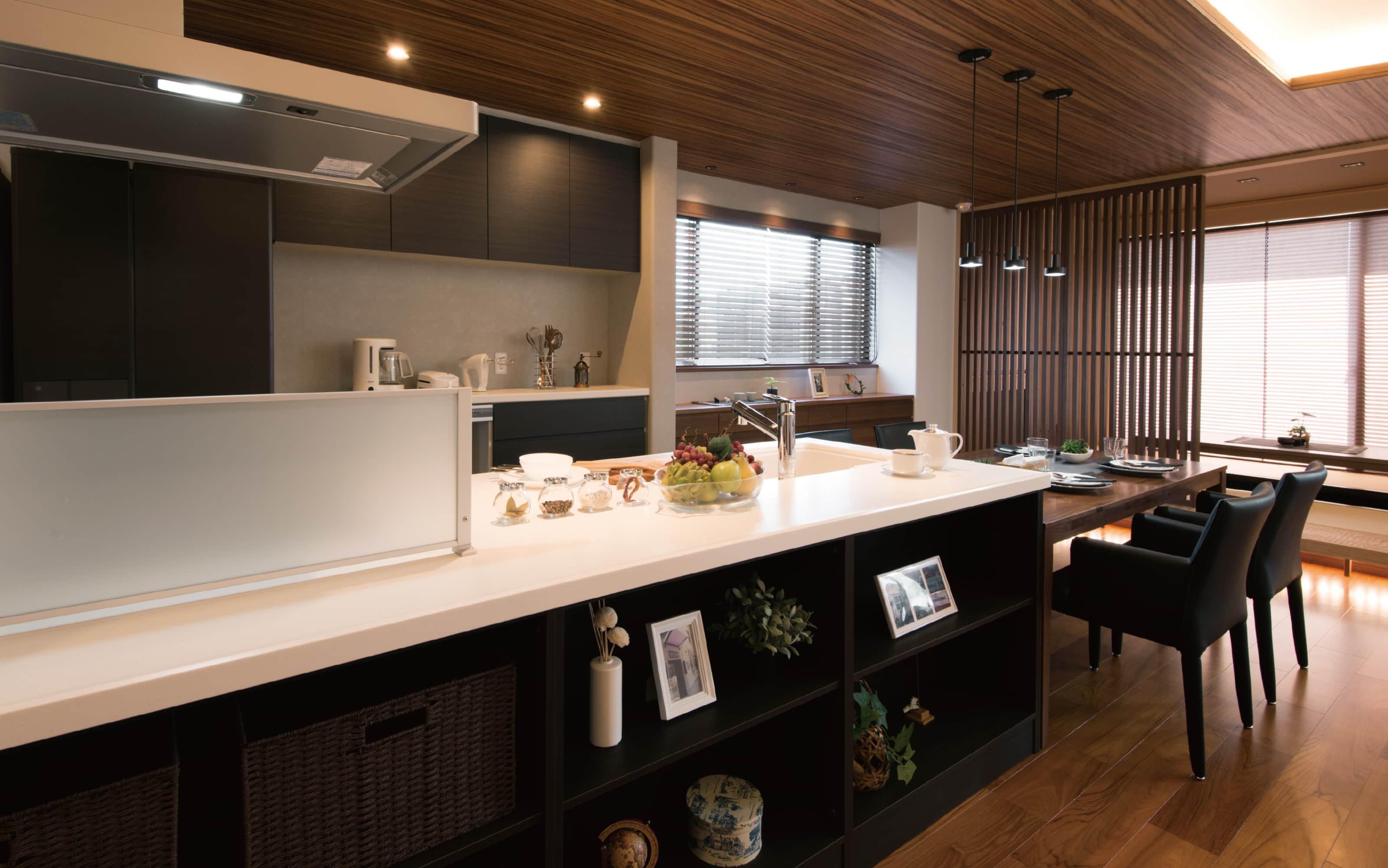 デザイン性と快適性を兼ね備えた二世帯住宅